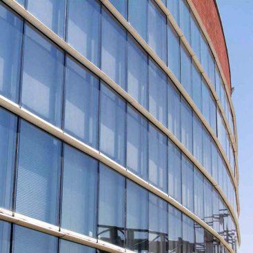 نمای شیشه ای کرتین وال نیم فیس کپ پروژه مهندس محبی