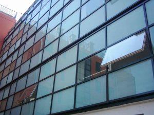 نمای شیشه ای کرتن وال