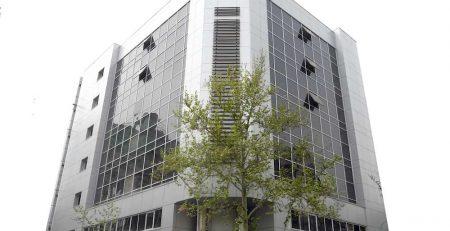 اجرای نمای شیشه ای ساختمان, نمای شیشه ای کرتین وال یونیتایز, نمای شیشه ای لامل, نمای فریم لس, قیمت نمای شیشه ای اسپایدر, انواع شیشه نما،